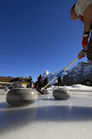 Curling_by_Jungfrau_Region_28729.jpg